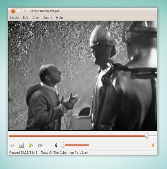 linux movie players vlc vs totem vs parole omg ubuntu