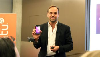 First Ubuntu Phones 'Available October', Says Shuttleworth