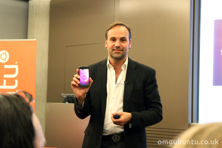 Ubuntu Founder Mark Shuttleworth With the Ubuntu Phone