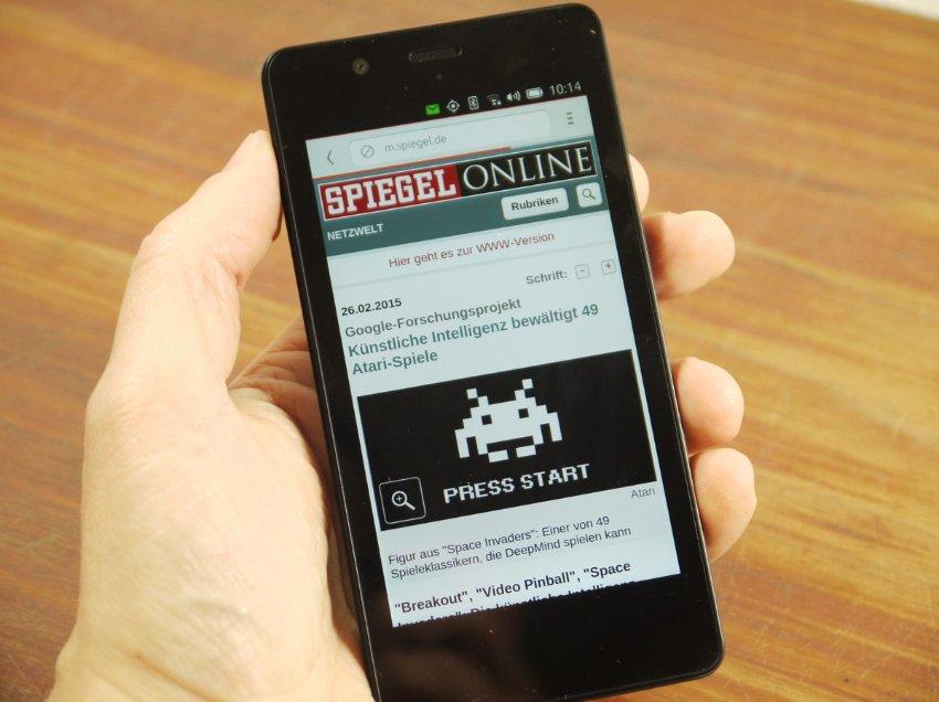 Spiegel online essay scorer