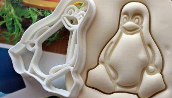 tux-cookies